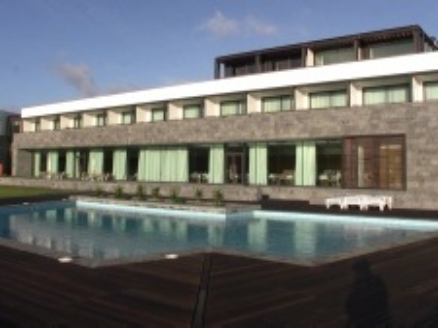 Graciosa Resort & Business Hotel