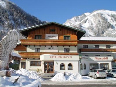 Wasserfall Hotel Fusch