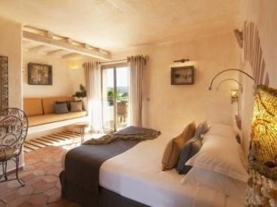 Paradise Hotel Bonifacio