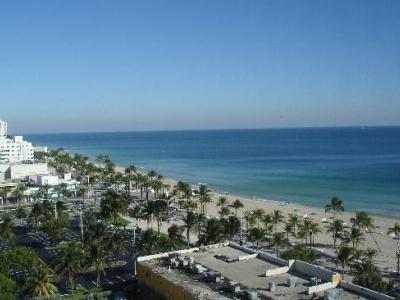 Courtyard By Mariott Fort Lauderdale Beach