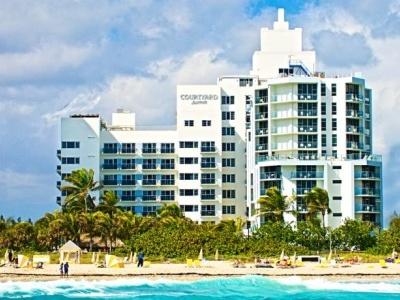 Courtyard Cadillac South Beach Miami