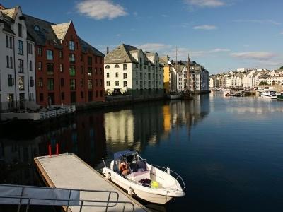 Kombinace Plavba Norskými fjordy zblízka s pobytem, českým delegátem a all inclusive - Monarch