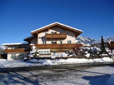 Edelweisshof Penzion St. Johann im Tirol