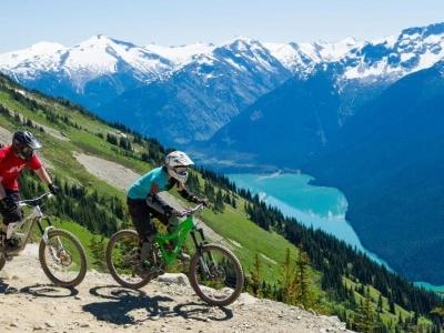 Velký okruh nejkrásnějšími národními parky západní Kanady