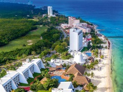 Playa Azul Golf & Beach Resort