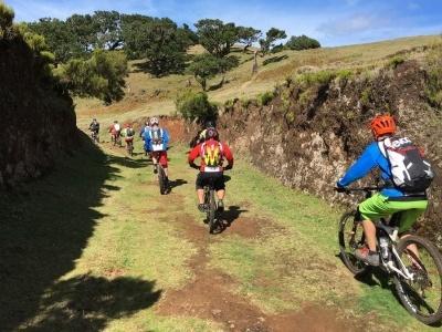 Riu Palace, krásy a příroda hor Funchalu na kole