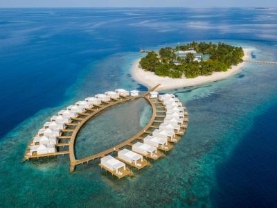 Sandies Bathala Resort
