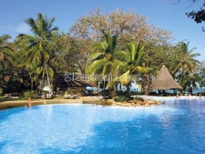Minisafari, Národní Park Tsavo a pobyt v hotelu Papillon Lagoon Reef