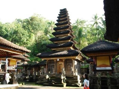 Živé Bali a klidný ostrov Lembongan