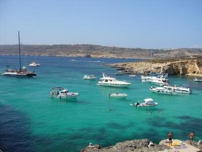 Relax na plážích Malty, modré poklady ostrova a domov Pepka námořníka (letecky)