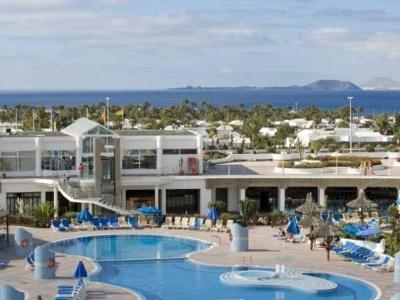 Kanáry - Lanzarote, Fuerteventura a Gran Canaria, památky i relax na plážích