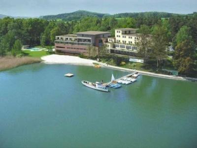 Port Hotel Máchovo jezero