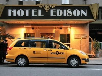 Edison Hotel New York z programen
