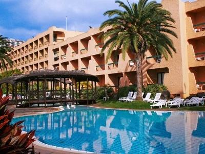 Dom Pedro Garajau Apartment Hotel & Nature